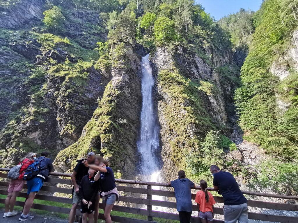 Der große Wasserfall am Ende der Liechtensteinklamm Wanderung